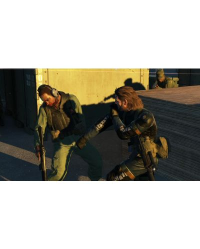 Metal Gear Solid V: the Definitive Experience (Xbox One) - 12