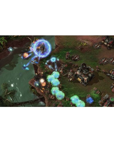 StarCraft II: Heart of the Swarm (PC) - 10