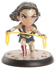 Figurina Q-Fig: Justice League - Wonder Woman, 9 cm